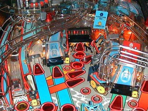 Demolition Man's main vertical up-kick shown at right. Image courtesy of The Internet Pinball Database.